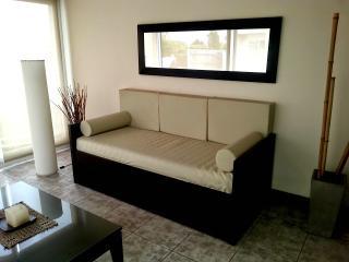 Belgrano - Beautiful 1 Bedroom Vacation Apartment - Vicente Lopez vacation rentals