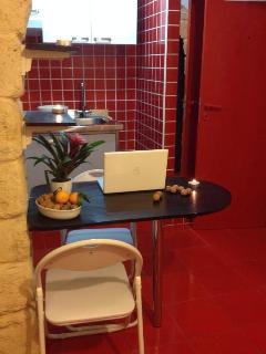"""""""LOVE-TTA"""" mini casetta dell'amore - Trani vacation rentals"""