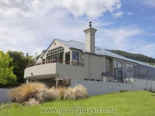 Park Street Queenstown Gardens - Queenstown vacation rentals