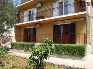 Apartman Nikola Hvar Relax (free parking) - Stari Grad vacation rentals