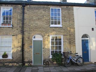 Cambridge city centre period holiday home - Cambridge vacation rentals