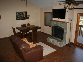 2 Bedroom Mountainside Retreat - Flagstaff vacation rentals