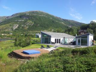 Summer house close by the sea, in the midnight sun - Narvik vacation rentals