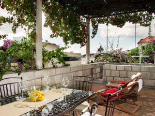 Vent Apartment - Spacious Sea View apartment - Ploce vacation rentals