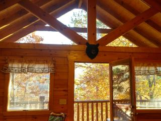 Perfect Location Rustic Elegant 2 BR Mtn Cabin - Gatlinburg vacation rentals