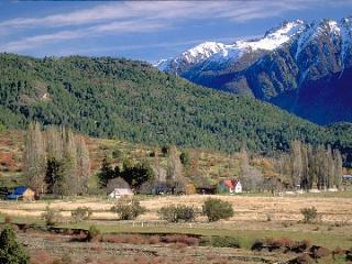 880 acre ranch, Argentine Patagonia lake district - Utracan vacation rentals