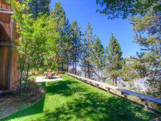 Large Lakefront Home with Hot Tub Sleeps 14 ~ RA732 - South Tahoe vacation rentals