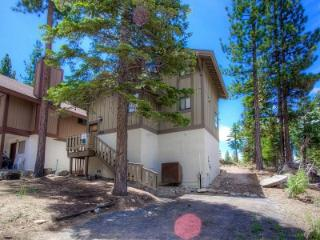 Comfortable Home Only a Few Blocks to Heavenly Ski Resort ~ RA4796 - South Lake Tahoe vacation rentals