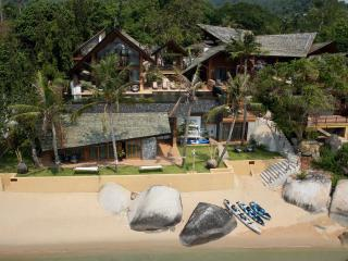 Baan Hinta, Modern Lamai Beach House for Wedding, Family, Big Groups - Lamai Beach vacation rentals