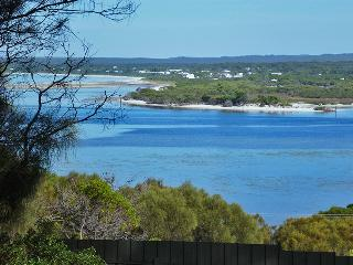 Perfect House with Deck and Outdoor Dining Area - Kangaroo Island vacation rentals