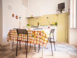 PLEBISCITO TOWNHOUSE - Naples vacation rentals