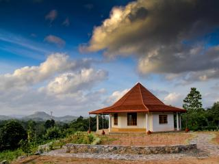 The Paddyfield Hideaway and Octagon Retreat - Gampola vacation rentals