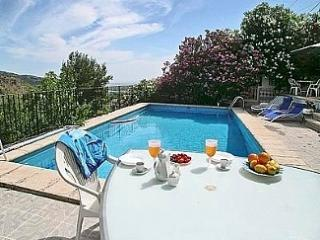 Mountain apartment  near  Sea and beaches - Playa de Gandia vacation rentals