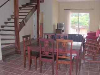 Center of Tamarindo 2.5bathroom/2bedroom - Tamarindo vacation rentals
