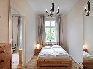 Apartment Anno 1897 - Berlin vacation rentals