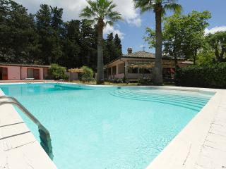 Villa Elda with pool, Mondello beach - Palermo vacation rentals