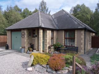 Honeybee Cottage - Aviemore and the Cairngorms vacation rentals