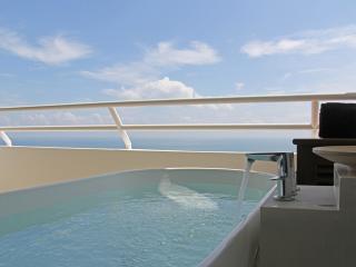 Amazing Beachfront Resort Studio 09 - Hua Hin vacation rentals