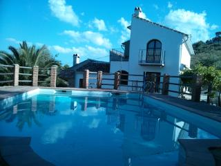Charming Country House, 'Honeymoon Suite', Pool - Periana vacation rentals