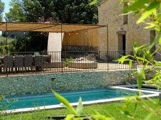 La Grande Bergerie - Contemporary and charming vacation home in the heart of Luberon, Provence - Saint-Saturnin-les-Apt vacation rentals