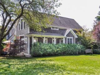 HYDRANGEA COTTAGE - EDG JWOL-103 - Martha's Vineyard vacation rentals