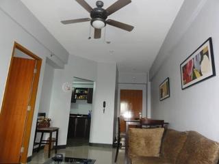 Cozy 1 Bedroom Condo, Across from NAIA 3 - Pasay vacation rentals