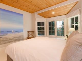White House@Sorrento - Elegant Beach Retreat - Mornington Peninsula vacation rentals