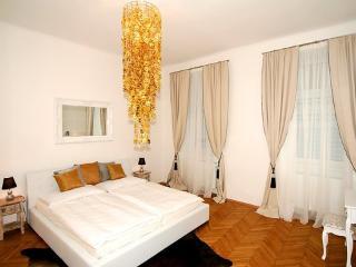 Apartment Schönbrunnerstrasse ~ RA6925 - Margareten vacation rentals