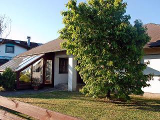 Haus am Babenbergersee ~ RA6942 - Munchendorf vacation rentals