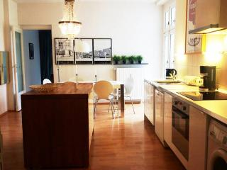 Neukölln Kreuzberg Stylish pad 7! - Berlin vacation rentals