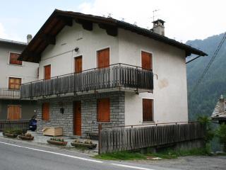 casa vacanze vicino a Champoluc e Monterosaski - Ayas vacation rentals