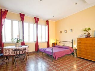 Cozy Guest house with Grill and Washing Machine in Taormina - Taormina vacation rentals
