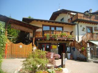 Campeggio Don Bosco residence villaggio vacanze - Onore vacation rentals