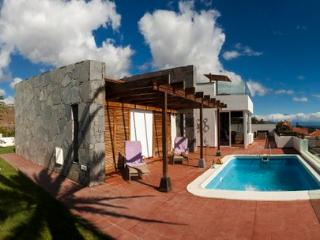 Panoramic ocean views, sunny all year - Gomera vacation rentals