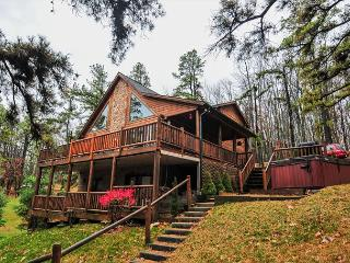 Magnificent mountain log home with spectacular lakefront - Oakland vacation rentals