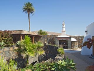 Nice 4 bedroom Cottage in Los Valles - Los Valles vacation rentals