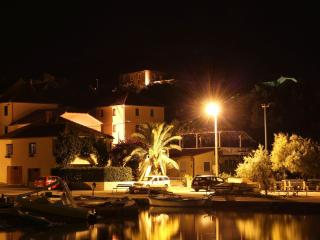 VILLA MENALO - Apartment - Ston vacation rentals