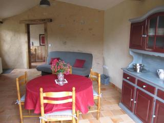 1 bedroom Gite with Internet Access in Parthenay - Parthenay vacation rentals