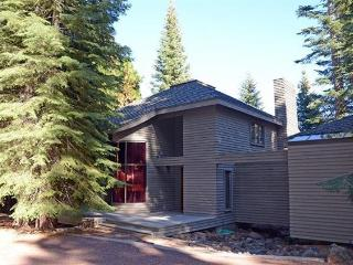 Almanor West LAKEFRONT with Dock & Buoy - Lake Almanor vacation rentals