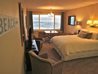 Lord of the Tides - Amazing 3rd floor view! - Lincoln City vacation rentals