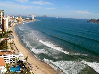 Luxury 2 Bdr Condo in the Golden Zone - Mazatlan vacation rentals