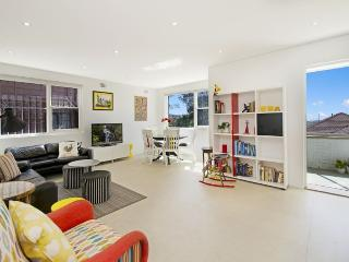 CLOVELLY Beach Street 21 - New South Wales vacation rentals