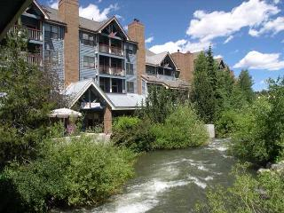Studio Plus Loft W/D Hot Tub Pool 4/8-4/20 $149nt! - Breckenridge vacation rentals