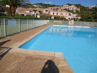 Appartement Dans Residence Avec Vue Mer - Porticcio vacation rentals