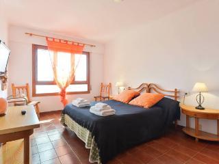 Suite con bagno privato in attico centro ibiza - Ibiza Town vacation rentals