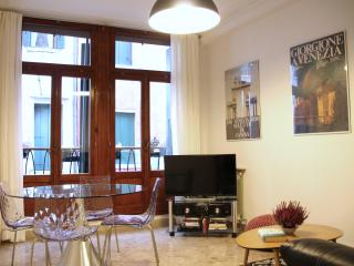 Apartment in Venice 5 mins from the Rialto Bridge - Venice vacation rentals