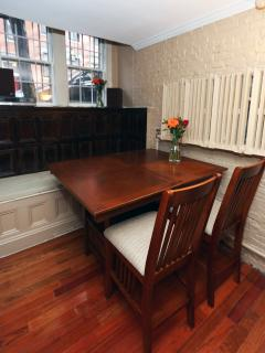 Charming Condo with Internet Access and Dishwasher - Boston vacation rentals