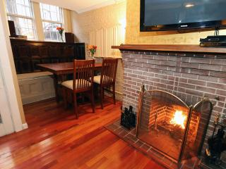 Heart of Boston - Beacon Hill - Boston vacation rentals