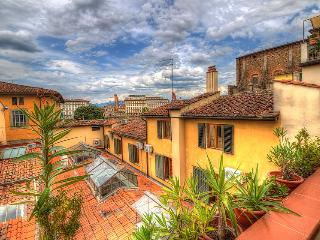 San Frediano 2bd - Florence vacation rentals