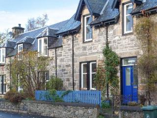 AULTMORE, well-equipped, multi-fuel stove, terraced garden, in National Park, in Kingussie, Ref 918331 - Newtonmore vacation rentals